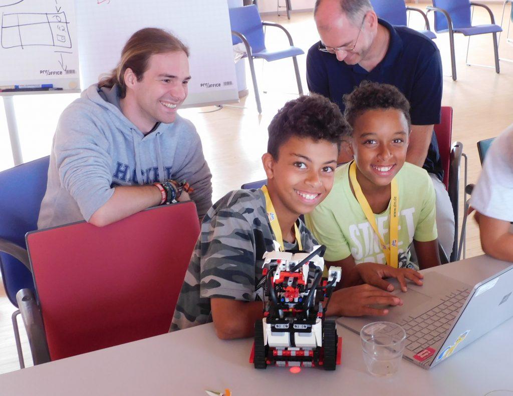 Teilnehmer bei der City Hacker School 2019 in Karlsruhe. Quelle: Hacker School